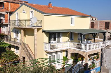 Appartements A2(4+1), A3(4+1), A4(4+1) Drage - Riviera de Biograd