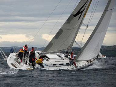 Embarcation a voiles - Dufour 44 (CBM Realtime) - Pula - Istrie  - Croatie