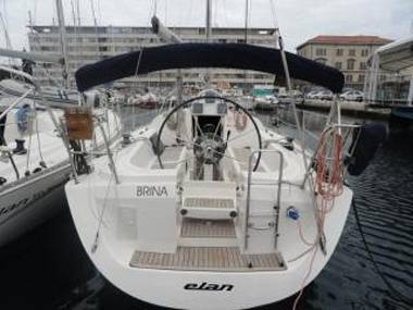 Embarcation a voiles - Elan 333 (CBM Realtime) - Pula - Istrie  - Croatie