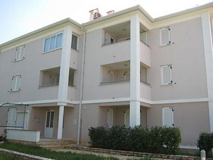 Appartements A4(2+2), B6(4+2) Umag - Istrie