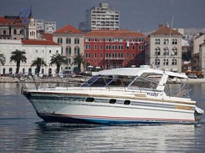 Bateau a moteur princess 36 riviera code ssm1 split for Moteur hotel