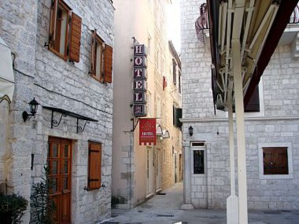 Hotel - 3 STAR Hotel in historical city center - Trogir - Riviera de Trogir  - Croatie