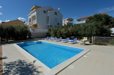 Appartements Olive - swimming pool: A1(4), A2(4), A3(4), SA4(2), SA5(2) Biograd - Riviera de Biograd