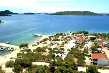 Appartements More - near pebble beach: A1(4+1) Drage - Riviera de Biograd