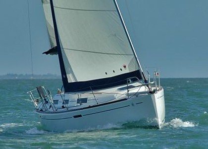 Embarcation a voiles - Dufour 325 (code:CRY 275) - Rovinj - Istrie  - Croatie
