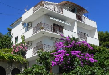 Appartements Stanka - cozy and pleasant apartments : A1(4+1), SA2(2+1), A3(5), A4(2+2) Duce - Riviera de Omis