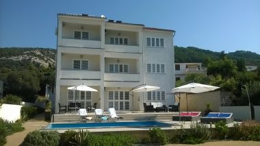 Appartements Markle - swimming pool and sunbeds A1(2+2), A2(4+1), A3(2+2), A4(4+1), A5(2+2) Banjol - Île de Rab