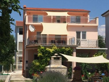 Appartements Đurđa - close to the sea A1(4+2), A2(2+1) Pirovac - Riviera de Sibenik