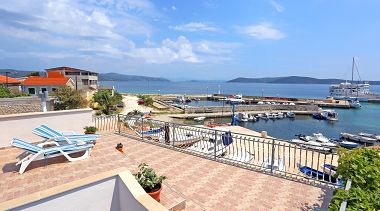 Appartements Marija - beautiful sea view: A1(4+1) Drvenik Mali (Île de Drvenik Mali) - Riviera de Trogir