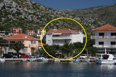 Appartements Vesna - 40 m from pebble beach: A1(4+1), A2(4), A3(4+1) Seget Vranjica - Riviera de Trogir
