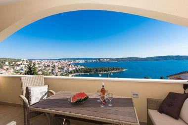 Appartements Marijan - beautiful view: A1(6) Trogir - Riviera de Trogir